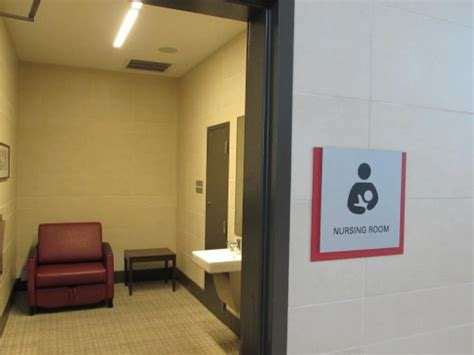 lactation stations Archives - Stuck at the Airport