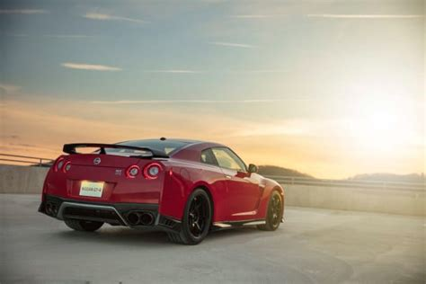 Nissan adds a new Track Edition GT-R to its 2017 lineup