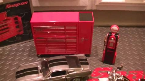 Snap-On Diecast Toolbox and Toolcabinet 1:8 Scale Banks