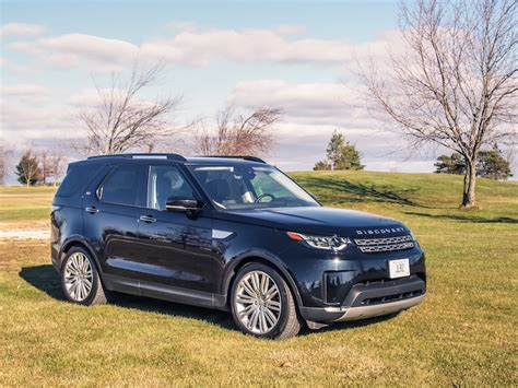 2017 Land Rover Discovery HSE Luxury Td6 Review | Canadian